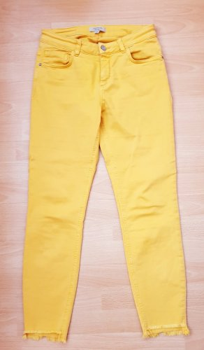 Cropped Jeans, gelb