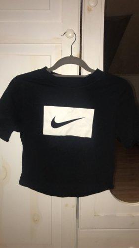 Cropped Nike Tshirt