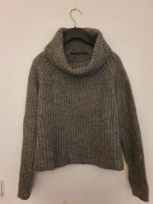 Cropped Pullover von Zara