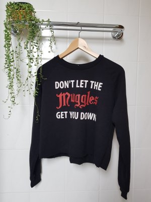 "Cropped Sweater ""Don't let the Muggles get you down"""