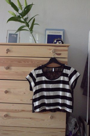 Cropped Top - Shirt - mit Spitze