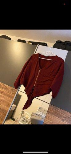 Haut type corsage rouge foncé