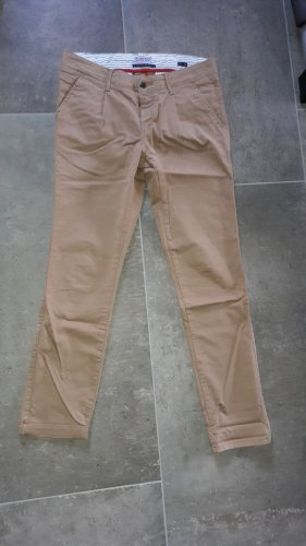 Cross Jeanswear 27/32, 1x getragen