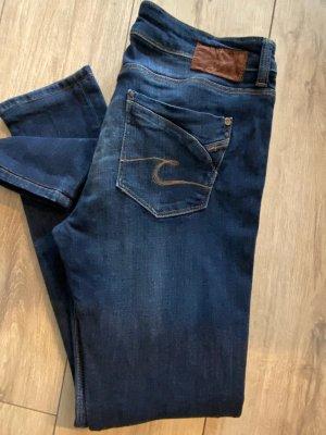 Cross Jeans svasati blu scuro