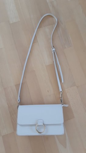 Crossbody in cremeweiss von MANGO