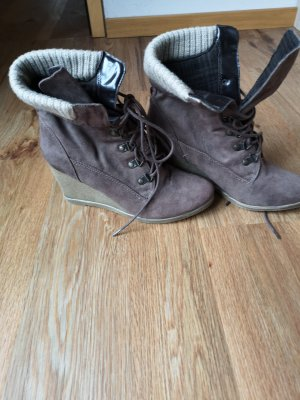Cube Slouch Booties grey brown