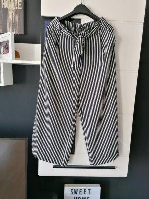 Culotte Hose von Zara Größe S, Streifen, Schwarz, Weiß, Must Have