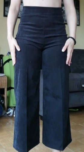 Culottehose in Feincord mit hohem Bund