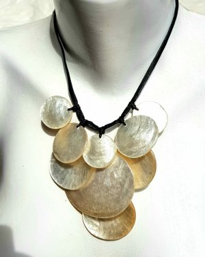 Culture Mix Shell Necklace black-oatmeal
