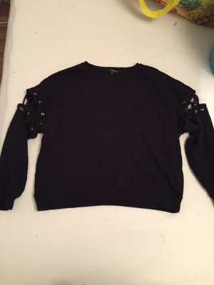 Cut Out Pullover