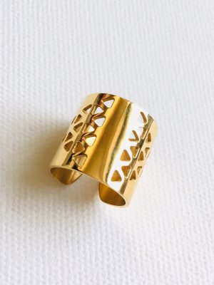 """""""Cut-Out"""" Ring • Stainless Steel Gr. 18 • gold"""