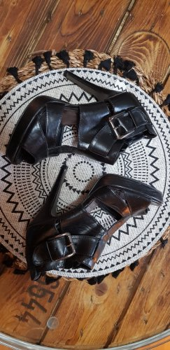 Catwalk Cut Out Booties black-silver-colored
