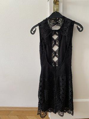 Bershka Cut out jurk zwart-goud