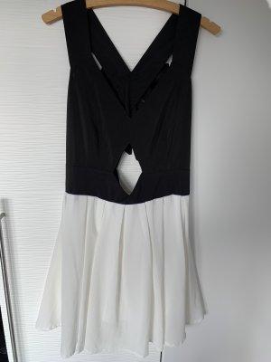 Cutout Kleid schwarz weiß
