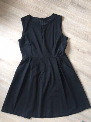 Cynthia Rowley Kleid, schwarz, Gr. L, Stretch, mit Taschen und cut out vorne