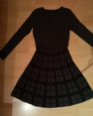 Cynthia Rowley Abito di maglia nero-antracite Tessuto misto