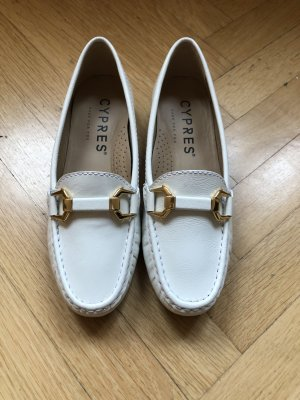 Cypres Loafers, weisses Lackleder, Goldschnalle, Gr. 36