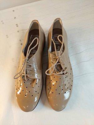 D+fashion Wingtip Shoes beige