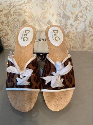 Dolce & Gabbana Sandalias tipo clog marrón oscuro-marrón claro