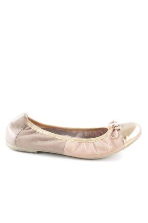 Ballerina aperta sul tallone crema stile casual