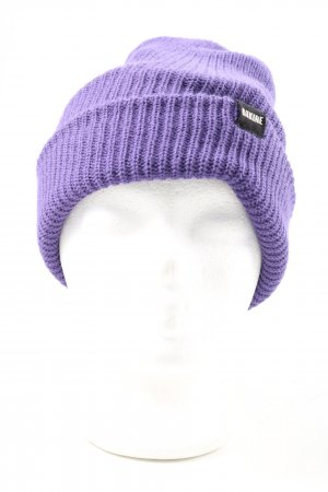 Dakine Knitted Hat lilac casual look