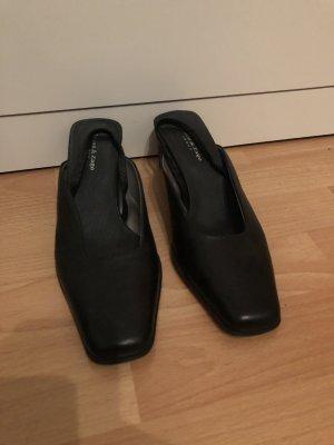Zanon & Zago Slingback Pumps black