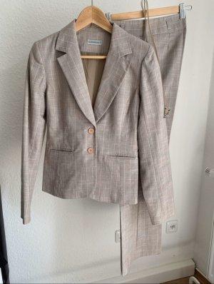 Clockhouse Tailleur-pantalon beige