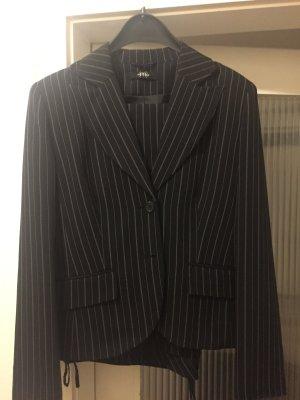 Melrose Pinstripe Suit black-white
