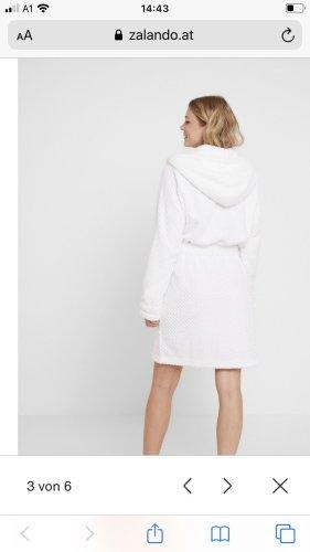 Bathrobe white cotton