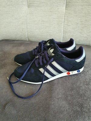 Adidas Tacones con cordones azul oscuro