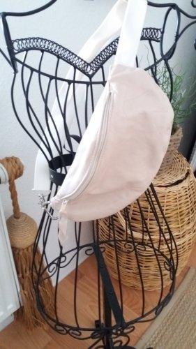Damen creme Handmade Leder Bauchtasche.