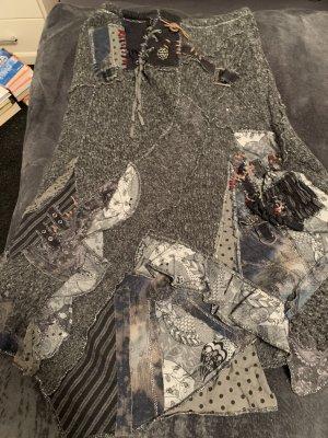 Gonna lavorata a maglia grigio