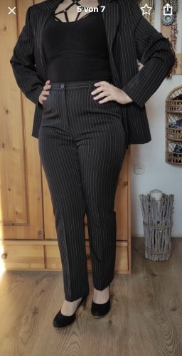 Damen Eleganter Anzug Schwarz Gestreift Gr.20