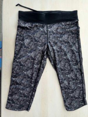 Damen Fitnesshose sporthose gr.38 in 3/4 Länge