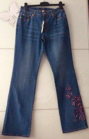 Damen Jeans bohoo Vintage Style Stickerei neu