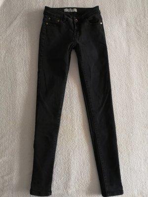 Revers Jeans Vaquero pitillo negro