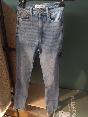 Zara Pantalon fuselé bleu clair