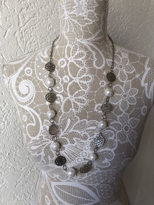 Shell Necklace silver-colored-white