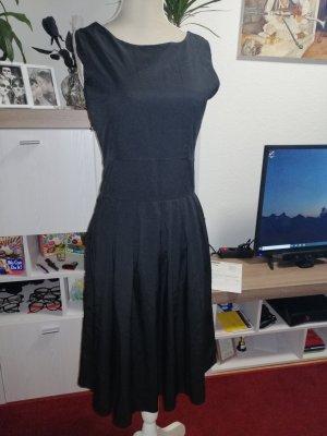 Vestito peplo nero