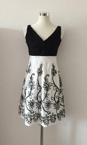 Damen Kleid mit Blumen - Stickerei Hohe Taille 34 XS 36 S