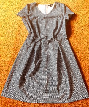 Damen Kleid Stretch Gr.40 in Blau/Weiß gemustert von MS Mode NW