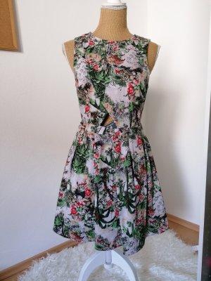 Damen Kleid Von Pull & Bear
