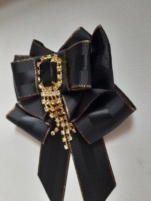 Brooch black polyester