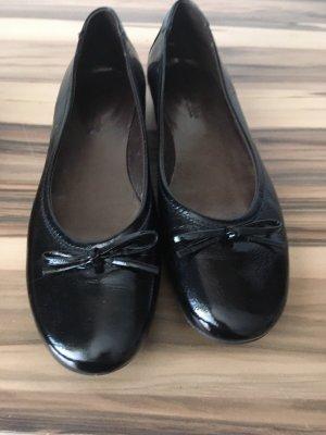 0039 Italy Ballerina di pelle verniciata nero