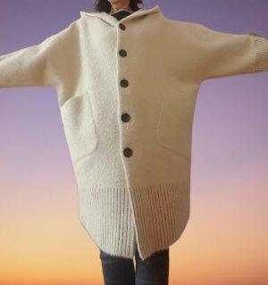 Płaszcz z dzianiny biały