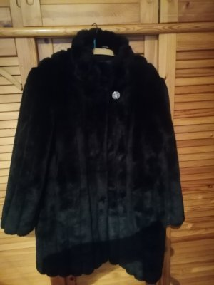 Authentic Pelt Coat black