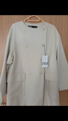 Zara Marynarski płaszcz w kolorze białej wełny