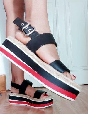 Damen mega hübsche Sandalen  Gr.38 nur einmal getragen