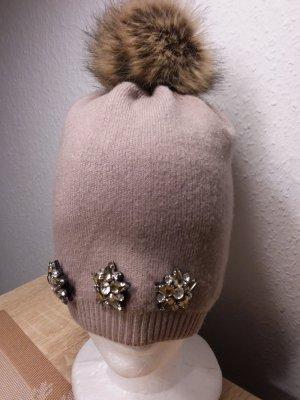 Chapeau en tricot gris brun-beige