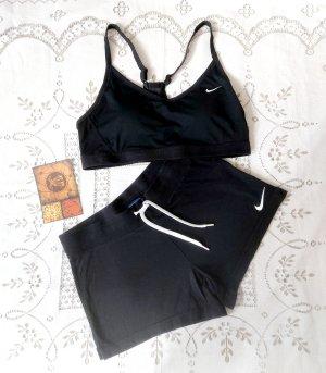 Damen Nike Shorts Gr.S sehr gut